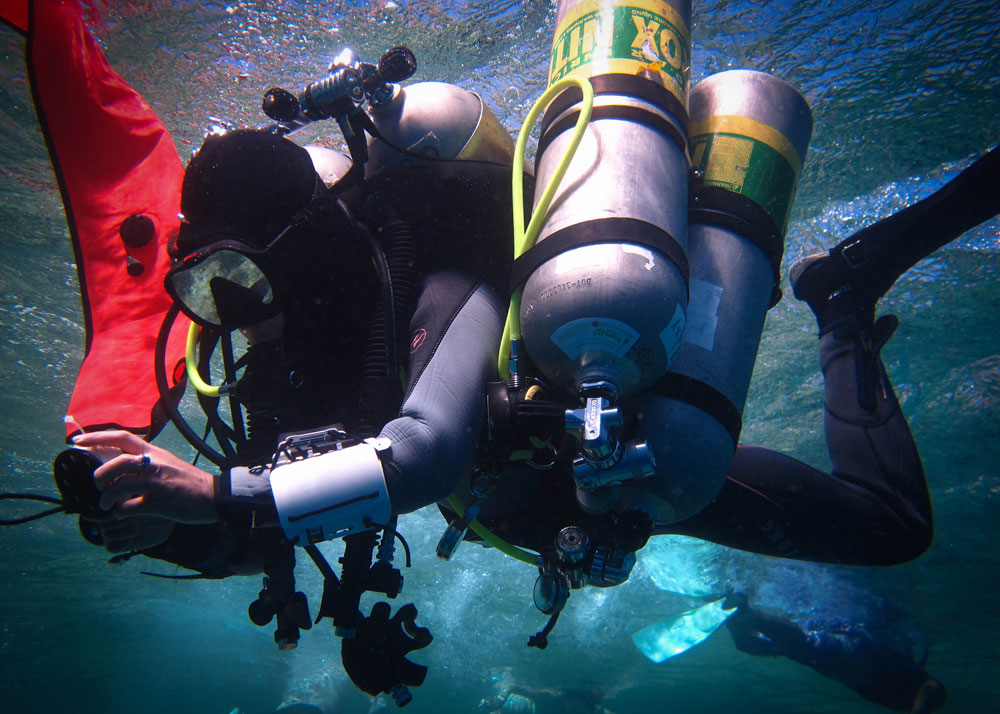 technical diving training underwater